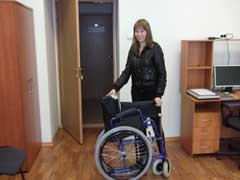 Седьмая инвалидная коляска от нашего журнала нашла человека, кому необходимо это средство реабилитации