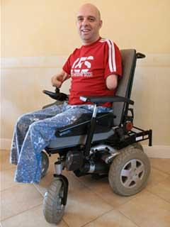 Инвалид без рук и ног готовится переплыть пролив между Аляской и Россией