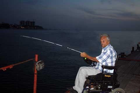 Жизнь на колесах: 40 лет в инвалидном кресле